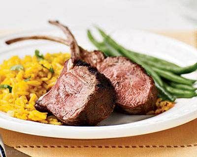 طرز تهیه گوشت بره کباب شده و برنج خوشمزه