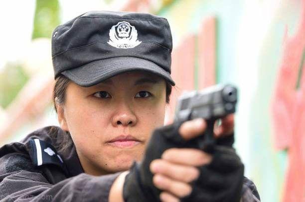 تصاویر جالب تمرینات نظامی دختران جوان چینی