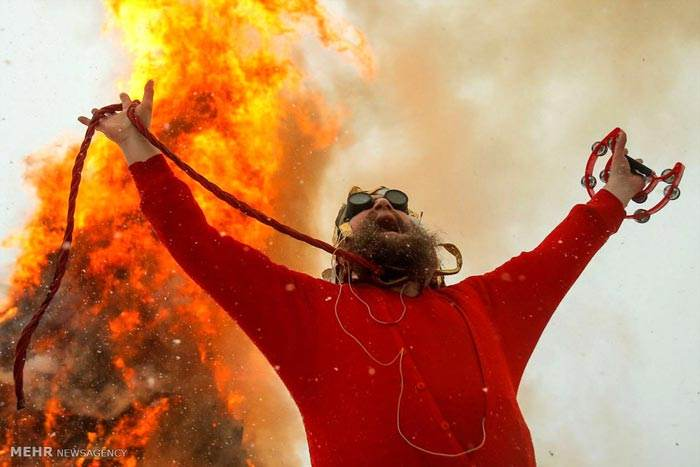 عکس های خبری و جنجالی روز دنیا را ببینید (119)