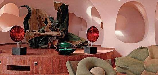 اقامت لوکس در هتل حبابی پیر کاردین فرانسه
