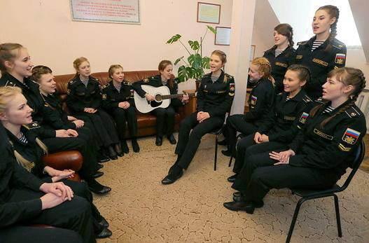 عکس دختران زیبای روس در خدمت سربازی کشورشان