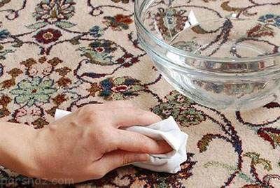 راهنمایی برای پاک نمودن لکه ها از  روی فرش