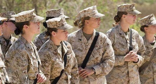 انتشار تصاویر برهنه دختران ارتش آمریکا بخاطر رابطه جنسی