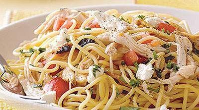 طرز تهیه غذای رژیمی اسپاگتی مرغ و گوجه فرنگی