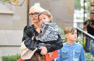 زنان ستاره و مشهور که در سنین بالا باردار شدند
