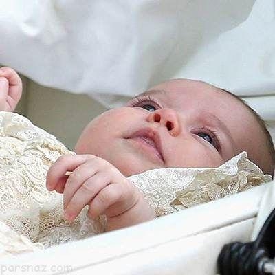 پرنس جورج 3 ماهه در مراسم غسل تعمید با ردای تاریخی خاندان سلطنتی