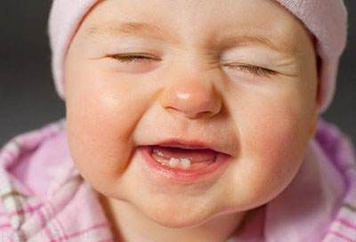 هرآنچه باید درباره دندان شیری نوزاد بدانید