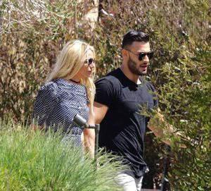 خوش گذرانی بریتنی با نامزد ایرانی اش در هاوایی