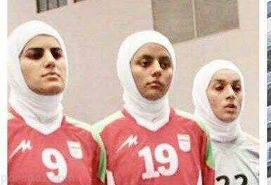 کشف حجاب زن ورزشکار مشهور ایرانی در خارج