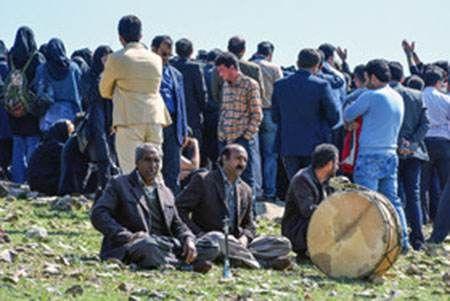 عکس های وداع با عارف لرستانی در روستای سیمینه