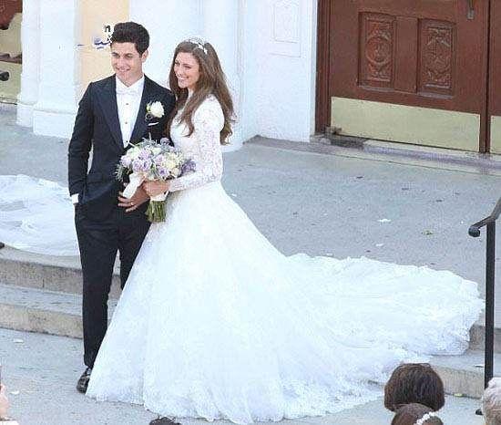عکس های جذاب سلنا گومز در مراسم عروسی