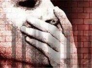 تجاوز راننده به زن جوان در ماشین در خیابان خلوت