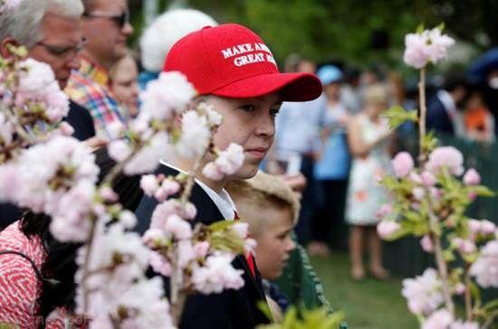 ملانیا و دونالد ترامپ در روز عید پاک در کاخ سفید