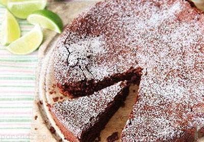 آموزش کیک شکلات و لیمو بدون استفاده از آرد