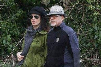 تصاویر جرج کلونی و همسر زیبایش در حال خوش گذرانی
