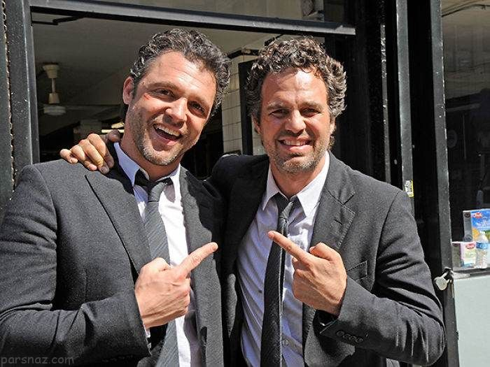 ستاره های بازیگری هالیوود در کنار بدل هایشان