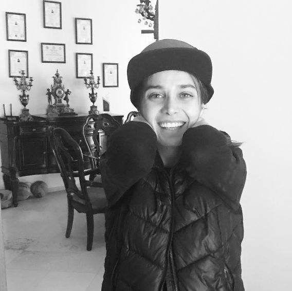 بیوگرافی و عکس های تینا آخوند تبار بازیگر ایرانی