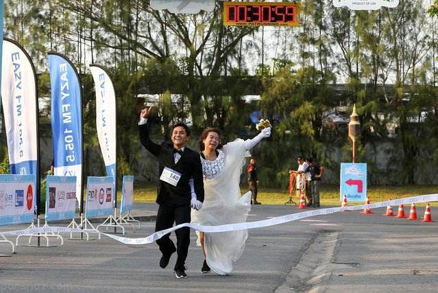 مسابقه جالب دو بین عروس و دامادهای تایلندی