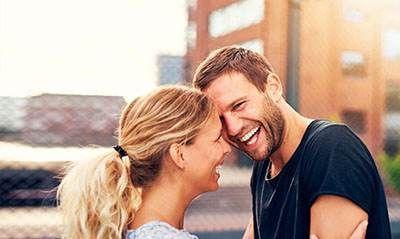 عوامل جذابیت در زنان و مردان را بشناسید