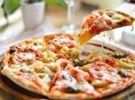 طرز تهیه پیتزای مرغ و قارچ خوشمزه و عالی
