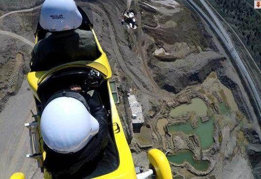 خلبان شدن کودک 11 ساله سرطانی که به آرزویش رسید