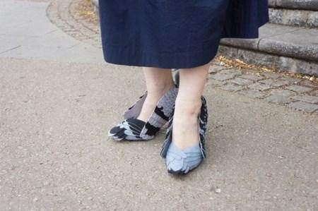 کفش های زن ژاپنی در شهر جنجال به پا کرد