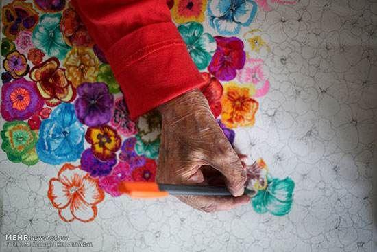 مادر بزرگ ایرانی در 86 سالگی نقاش شد