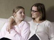 بلوغ فرزند دختر و صحبت های والدین با فرزند