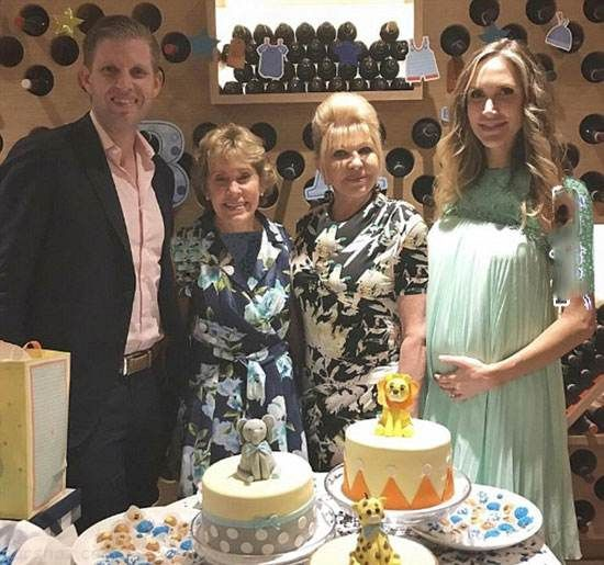 ایوانکا ترامپ و مادرش در جشن خانوادگی