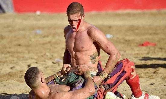 خشن ترین فوتبال جهان همراه با دعوا و کتک کاری