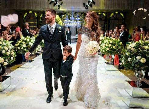 لیونل مسی و همسرش در حال گذراندن ماه عسل لوکس