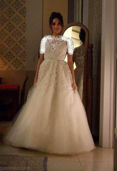 لباس ست زوج ازدواج شاهزاده هری با دختر فقیر انگلیسی