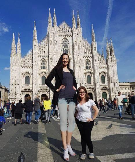 بلندترین پاهای دنیا برای این دختر ورزشکار روس +عکس