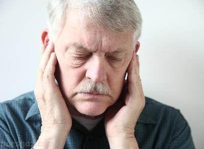 دلیل گوش درد هنگام خمیازه کشیدن چیست؟