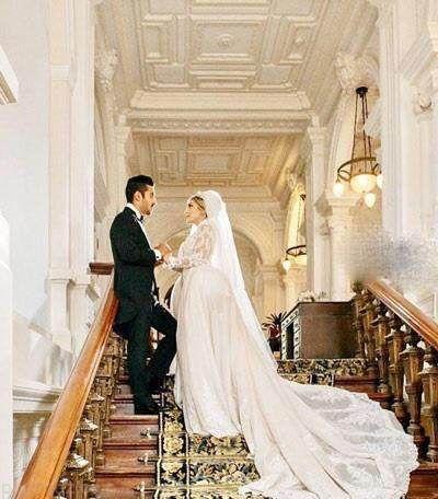 خواننده های مشهور در مراسم عروسی رضا قوچان نژاد