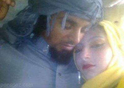 قاضي داعش در كنار دختران جوان براي جهاد نكاح