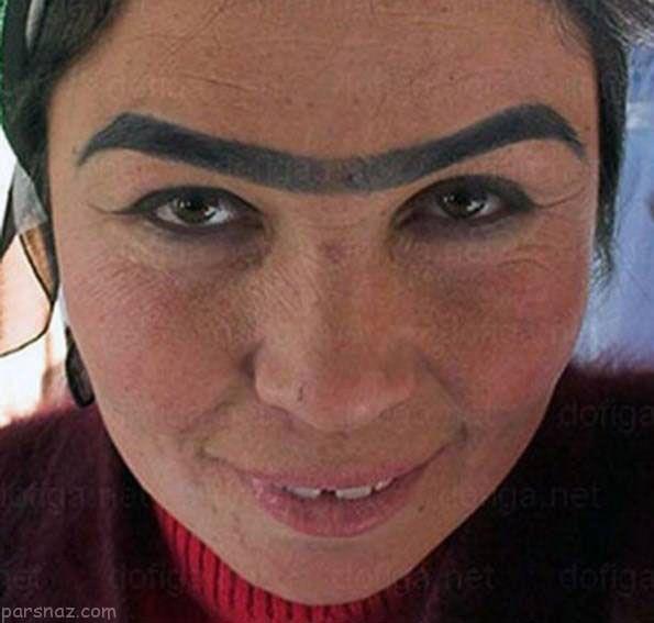 زنان با مدل های ابروی عجیب که جنجالی شدند +عکس
