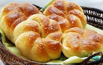 طرز تهیه نان شیرمال کشمشی خوشمزه