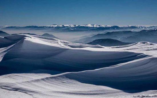 قرارهای عاشقانه این زن و مرد در نوک قله کوه ها
