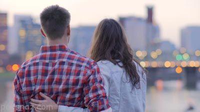 آیا رابطه عاطفی در دوران نوجوانی مجاز است؟