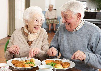 نکات مهم تغذیه در مراحل سنی مختلف زندگی