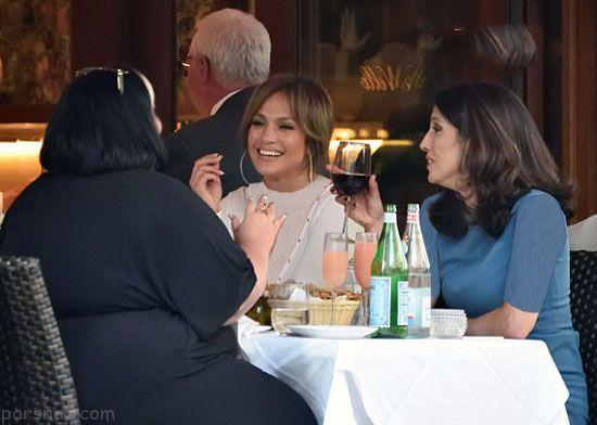 خوش گذرانی جنیفر لوپز و خواهرش در نیویورک