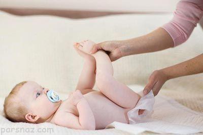 توصیه به مادران درباره تعویض پوشک نوزاد