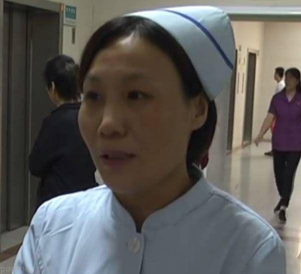 زایمان ناگهانی زن باردار چینی در آسانسور