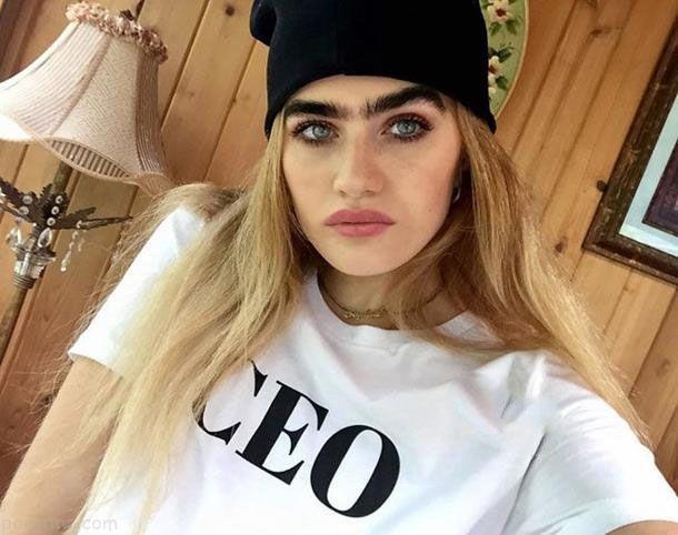دختر مدل یونانی با مدل ابروهایش جنجالی شد