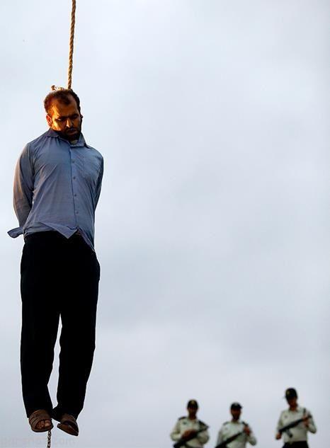 عکس های اعدام قاتل آتنا اصلانی +حواشی اعدام قاتل