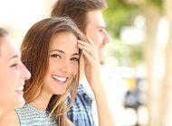 اطرافیان را جذب و عاشق لبخند خودتان کنید