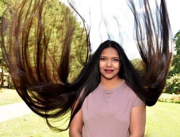 دختر زیبای مو بلند 17 سال است موهایش را کوتاه نکرده