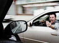 کنترل خشم و عصبانیت هنگام رانندگی را بیاموزیم