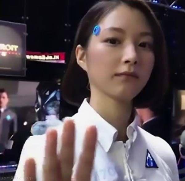 این دختر زیبا و جذاب ربات است یا واقعی؟